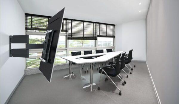 THIN 550 ExtraThin Full-Motion TV Wall Mount