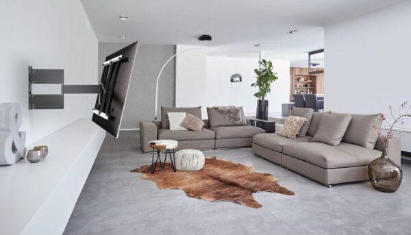 Vogel's THIN 545 ExtraThin Full-Motion TV Wall Mount lounge